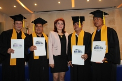 Celebra Universidad Hipócrates clausura de Posgrados