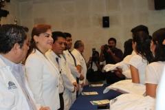 La Universidad Hipócrates realiza la 1a ceremonia de colocación de Batas