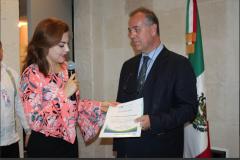 """Imparte Dr. Alberto Gómez la ponencia """"La bioética en el ejercicio de la profesión""""."""